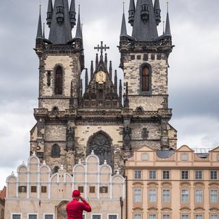 Красный человек. Староместская площадь, Прага Red. Prague's Old Town Square, Prague