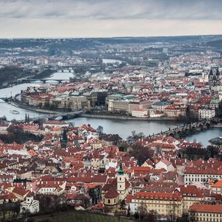 Центр Праги, вид со смотровой башни на Петршине The centre of Prague from Petřín lookout tower