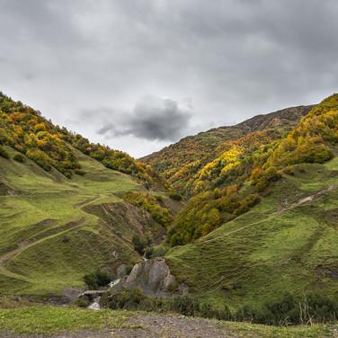 Грузинские горы в осенней расцветке Georgian mountains in autumn colours