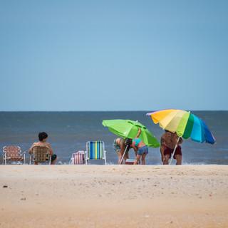 Солнечным январским днем на берегу Атлантики  On a sunny January day at a beach on Atlantic coast