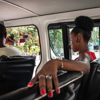 В маршрутке, Сидаде-Велья, остров Сантьягу  In an aluguer (local mini-bus), Cidade Velha, Santiago island
