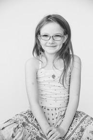 _Q6A01802021-02 Lilah & Tessa.jpg