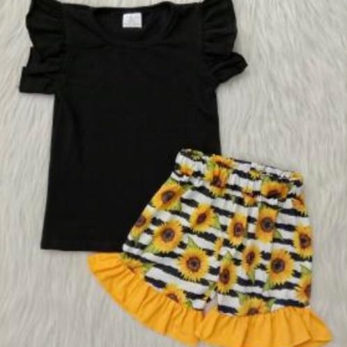 Sun & sunflowers
