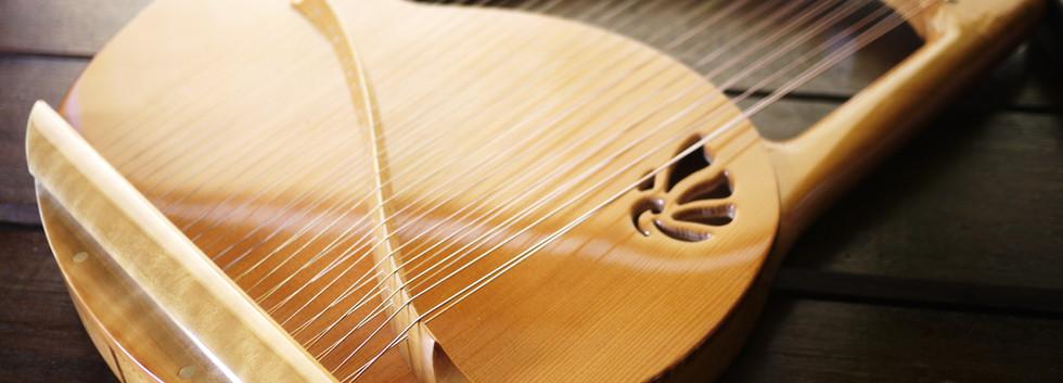 アフロディーテの竪琴:ライアー1.JPG