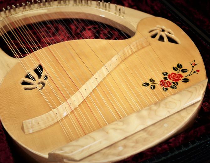 アフロディーテの竪琴:ライアー8.JPG