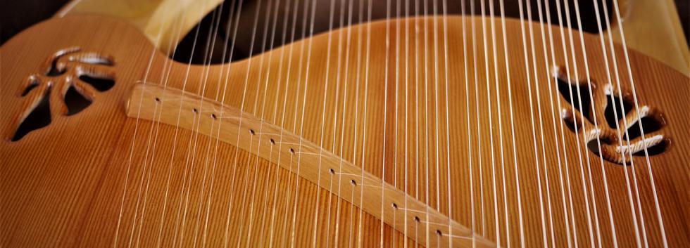 アフロディーテの竪琴:ライアー3.JPG