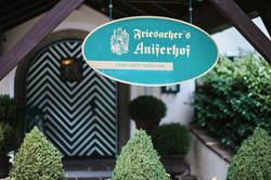 Aniferhof_Service-Eingang