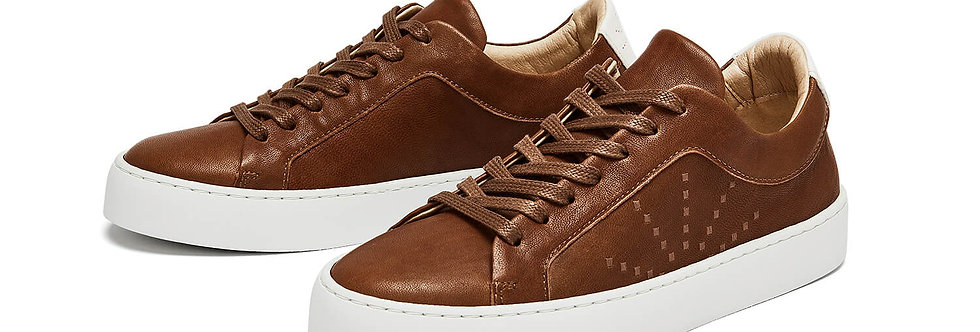 NINE TO FIVE Laced Sneaker