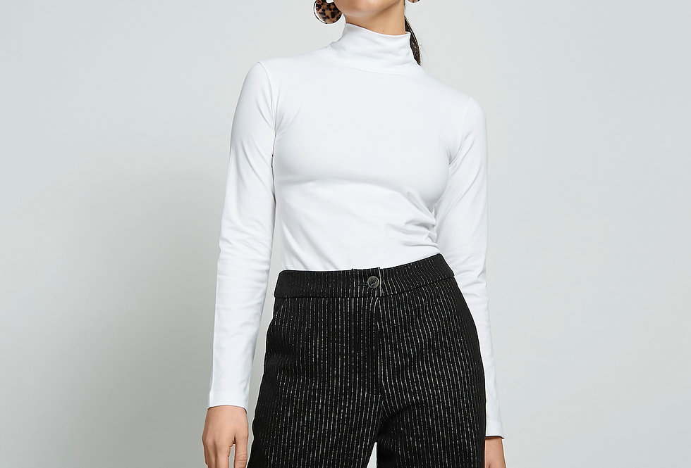 JAN 'N JUNE Turtle Neck Sweater MIO White