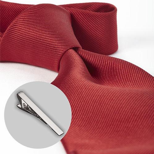 Rødt slips og klemme i gaveæske