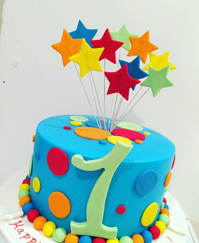 Colourful cake for a 1 year old #cake #cakestagram #instacake #Sydney #fondantcakes #colorful #colou
