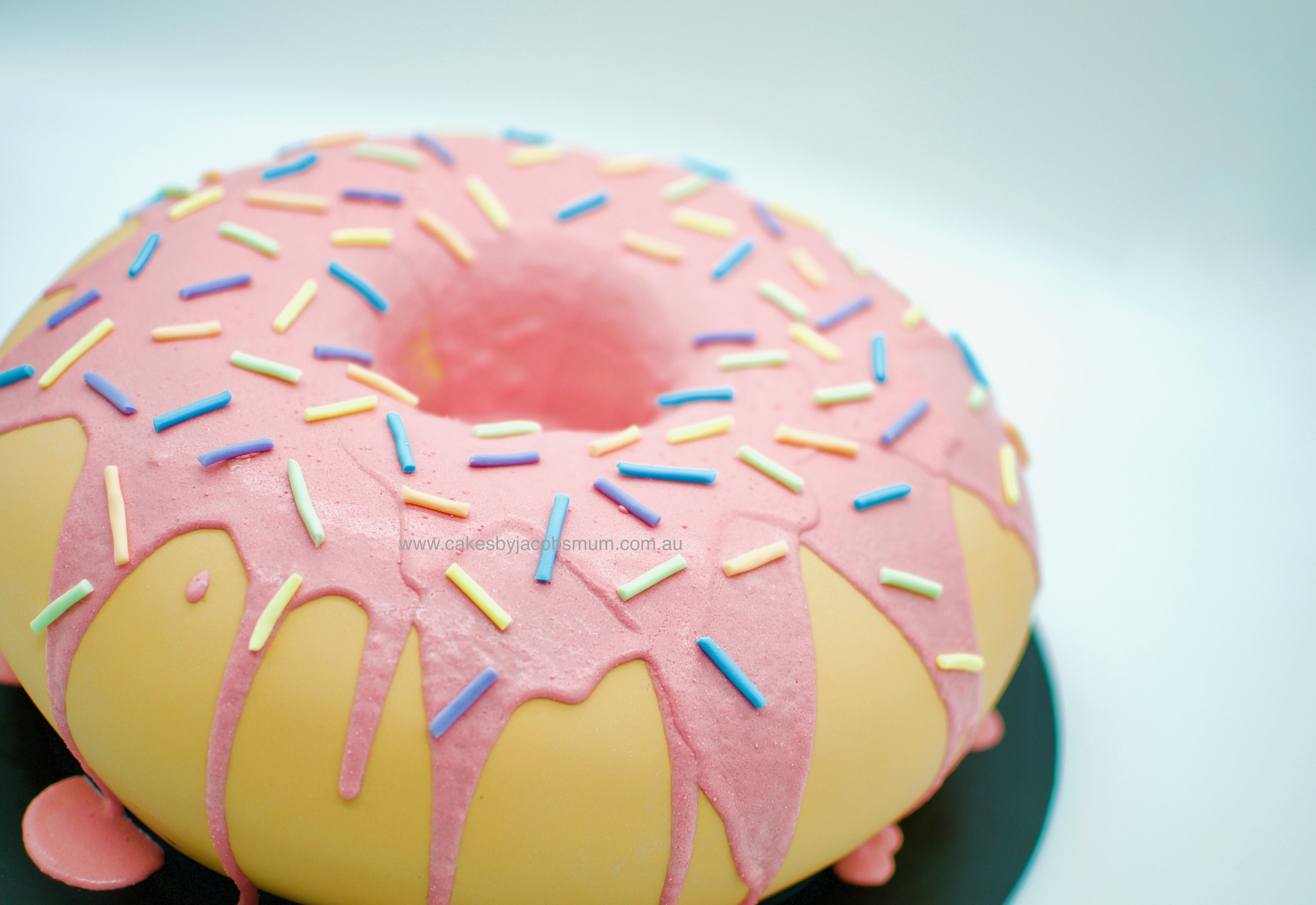 Giant (cake) Donut