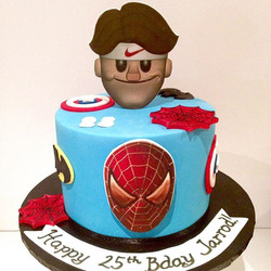 Superhero cake with Federer for a 25th birthday!  #cakeart #cakelife #cake #birthdaycake #federeremo