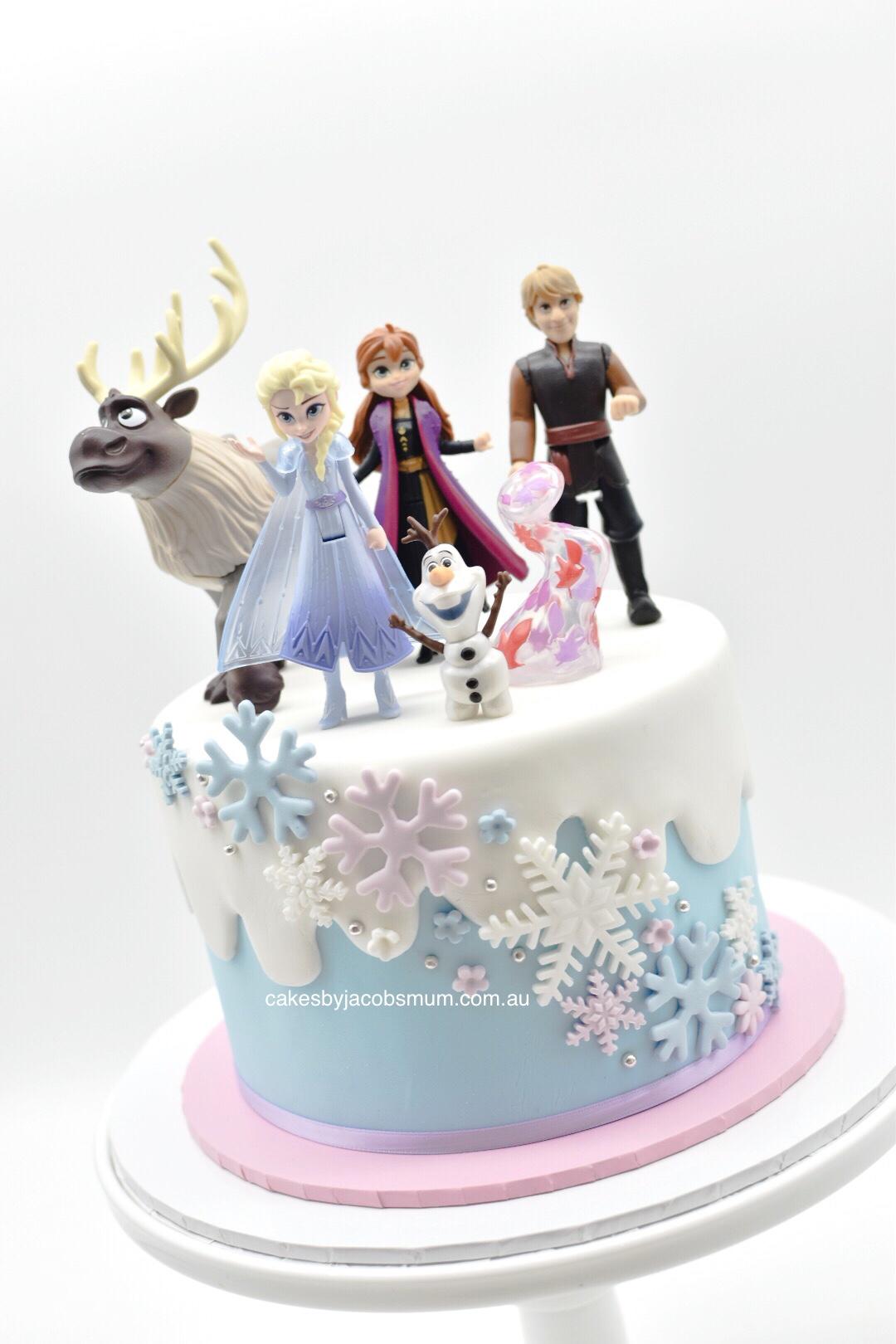 Frozen 2 fondant birthday cake