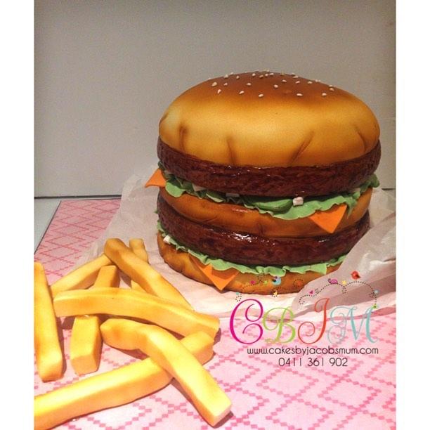 Big Mac and chips cake!  #birthdaycake #birthday #cake #fondantcake #cakesbyjacobsmum #instacake #ca