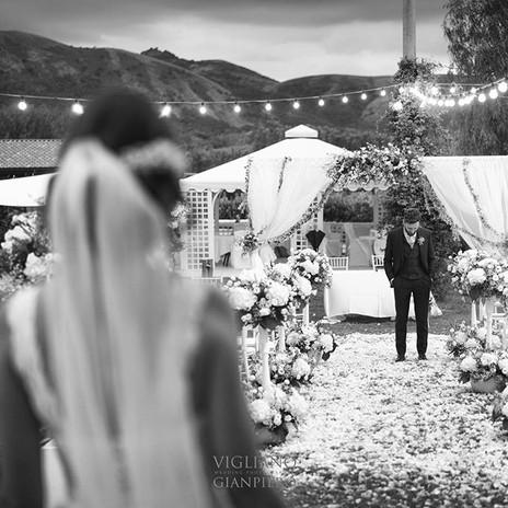 Ma quanto mi piace vedere la reazione dello sposo 😀😀😀 ogni volta diversa  #sposo #matri