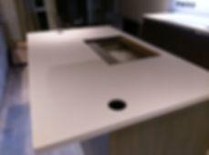 staron-island-kitchen-hob