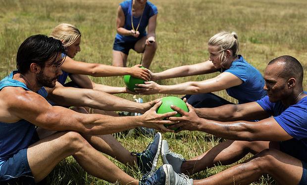 outdoor-team-workout.jpg