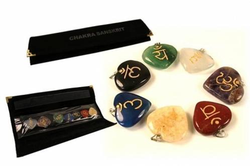 SET pendentifs en forme de cœurs avec symboles des Chakras - 3.5x3.5 cm