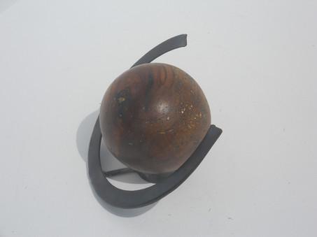 Saturnesque left side