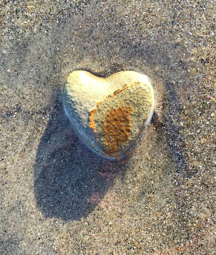 Pic Stone heart