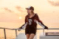 Tee shirt casquette sweat wear SCUBAPRO. Sunset. Ecole de plongée à Paris. Formation à la carte. Cours et brevets PADI en fosse de 20m, piscine, mer et lac du débutant au moniteur. Vente Livre Manuel PADI