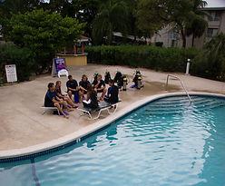 Swiming pool, piscine, plongeur, diver.IDC Staff PADI Paris, Formation Moniteur Pro à la carte. Cours brevets fosse 5, 10, 20m, piscine mer lac débutant au moniteur. Vente Livre Manuel PADI