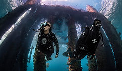 SCUBAPRO, scuba diving. Matériel de plongée. Spécialité Epave Wreck en Région Parisienne, Formation à la carte. Cours et brevets PADI en mer, lac du débutant au moniteur. Vente Livre Manuel PADI