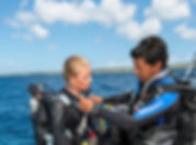 Scubadiving, BALLO, controle pré plongée. Discover Scuba Diver Padi et Open Water Padi à Paris. Initiation, Découverte, Formation à la Carte aux cours et brevets PADI en piscine et fosse. Vente de livre et Manuel PADI.
