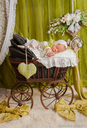 Servizio fotografico newborn Loredana Ze