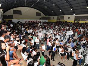 No ODE de Patos, João Azevêdo entrega benefícios e população elege educação como prioridade.