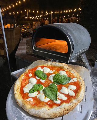peakys-pizza-web.jpg