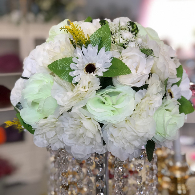 Floral Centerpiece Embellishment - Green
