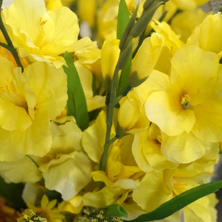 Accent Flowers - Sunshine Yellow