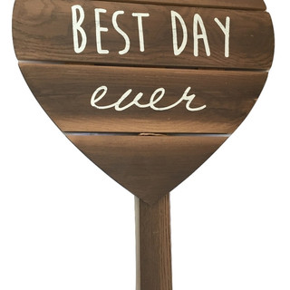 Best Day Ever Heart Sign