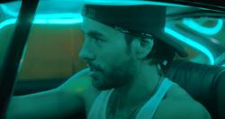 Enrique Iglesias feat Pitbull