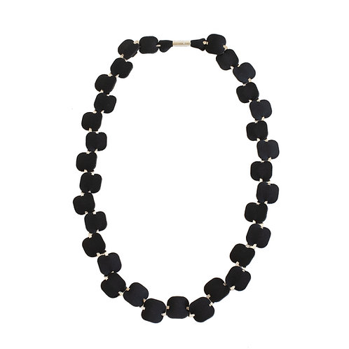 SHELL NECKLACE - SILVER TONE