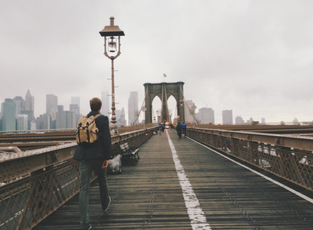 5 comportements simples à adopter pour lutter contre la sédentarité au travail.