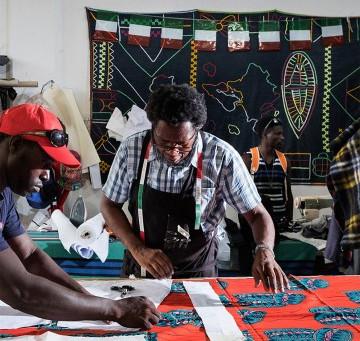 Coronavirus: la moda etica scende in campo per l'emergenza