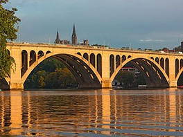 Crimsonbridge Leadership Fund Scholarships for Georgetown's Nonprofit Management Executive Cer