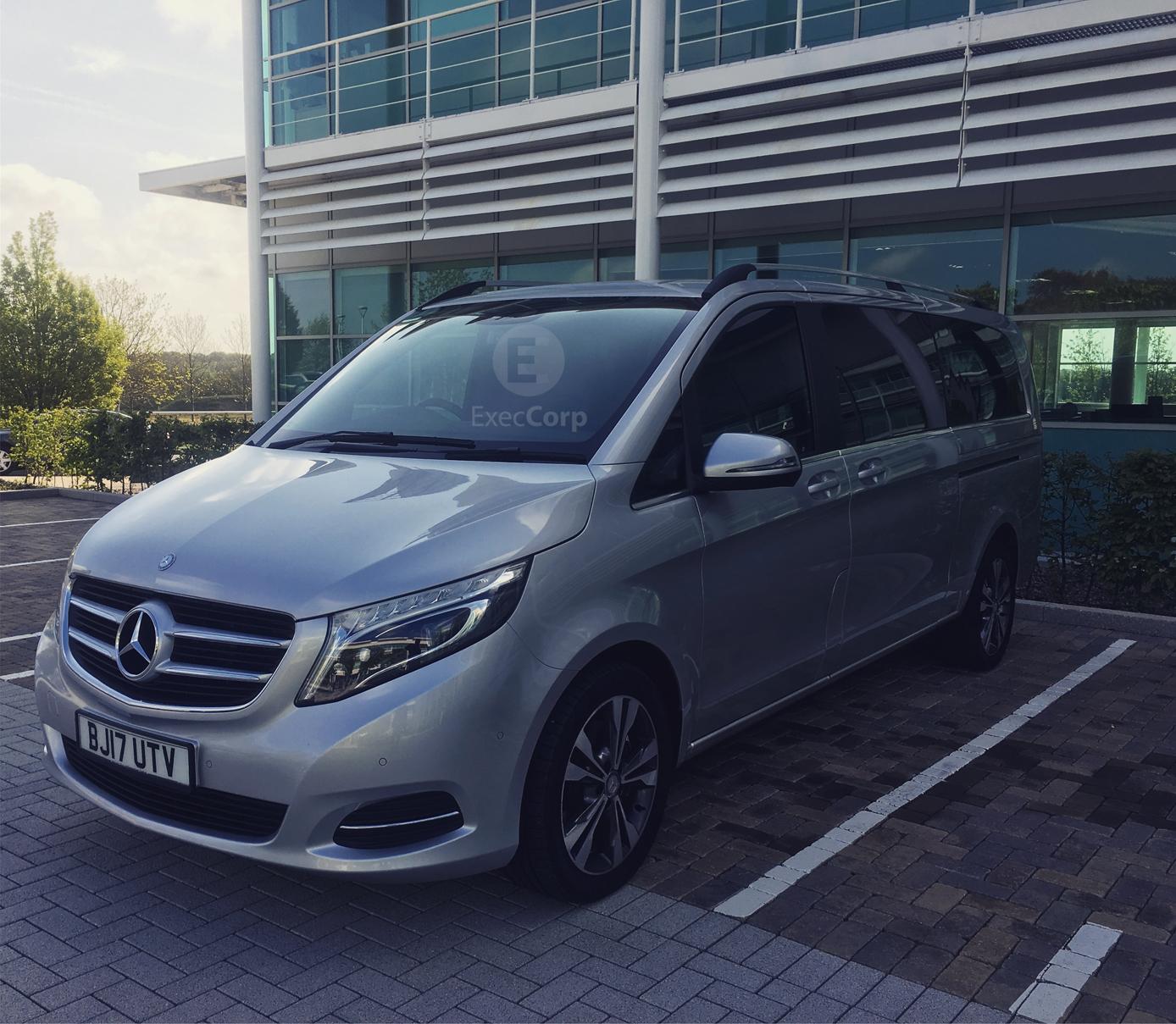 Mercedes-chauffeur-roadshow-v