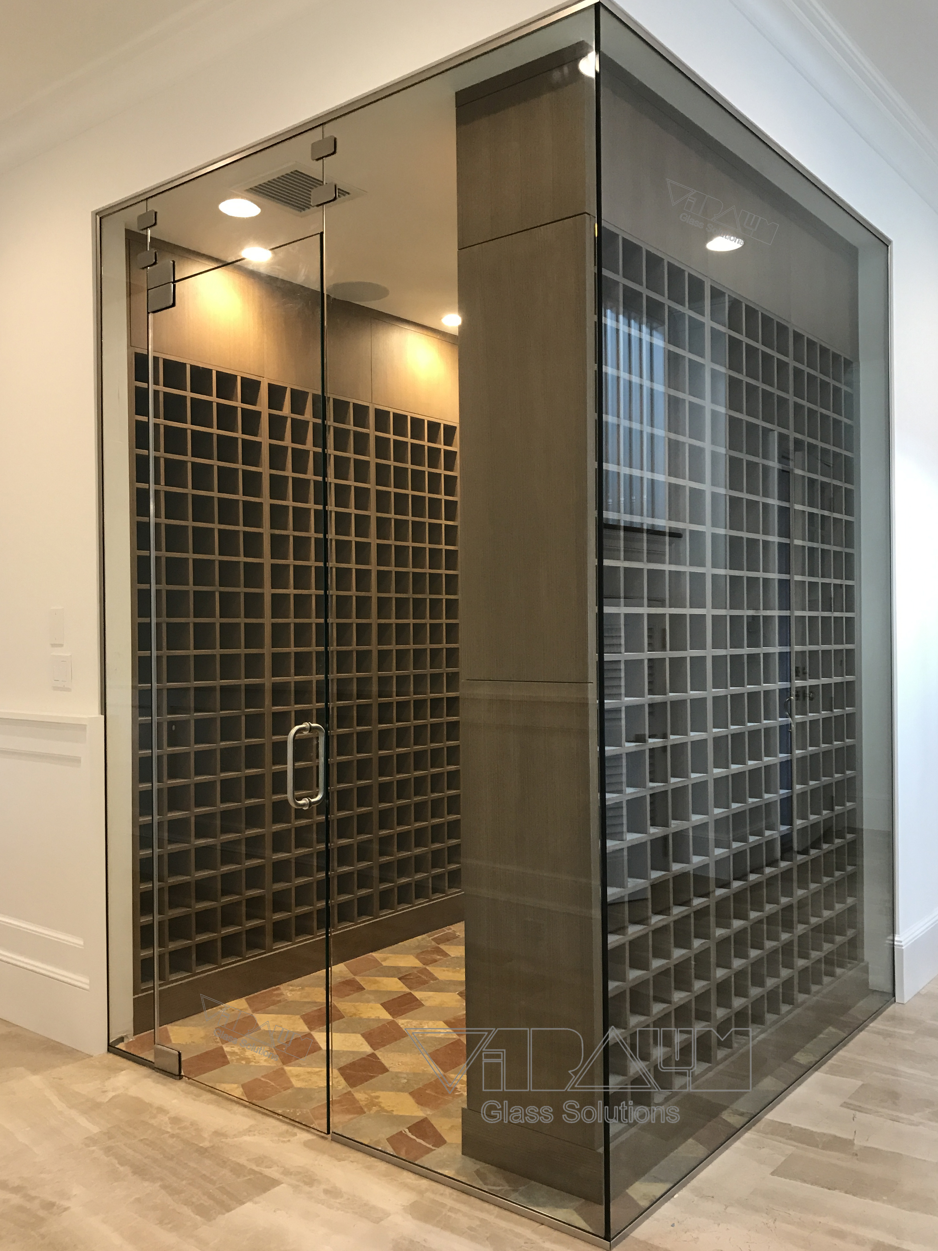 Glass Wine Cellars Vitralumgs