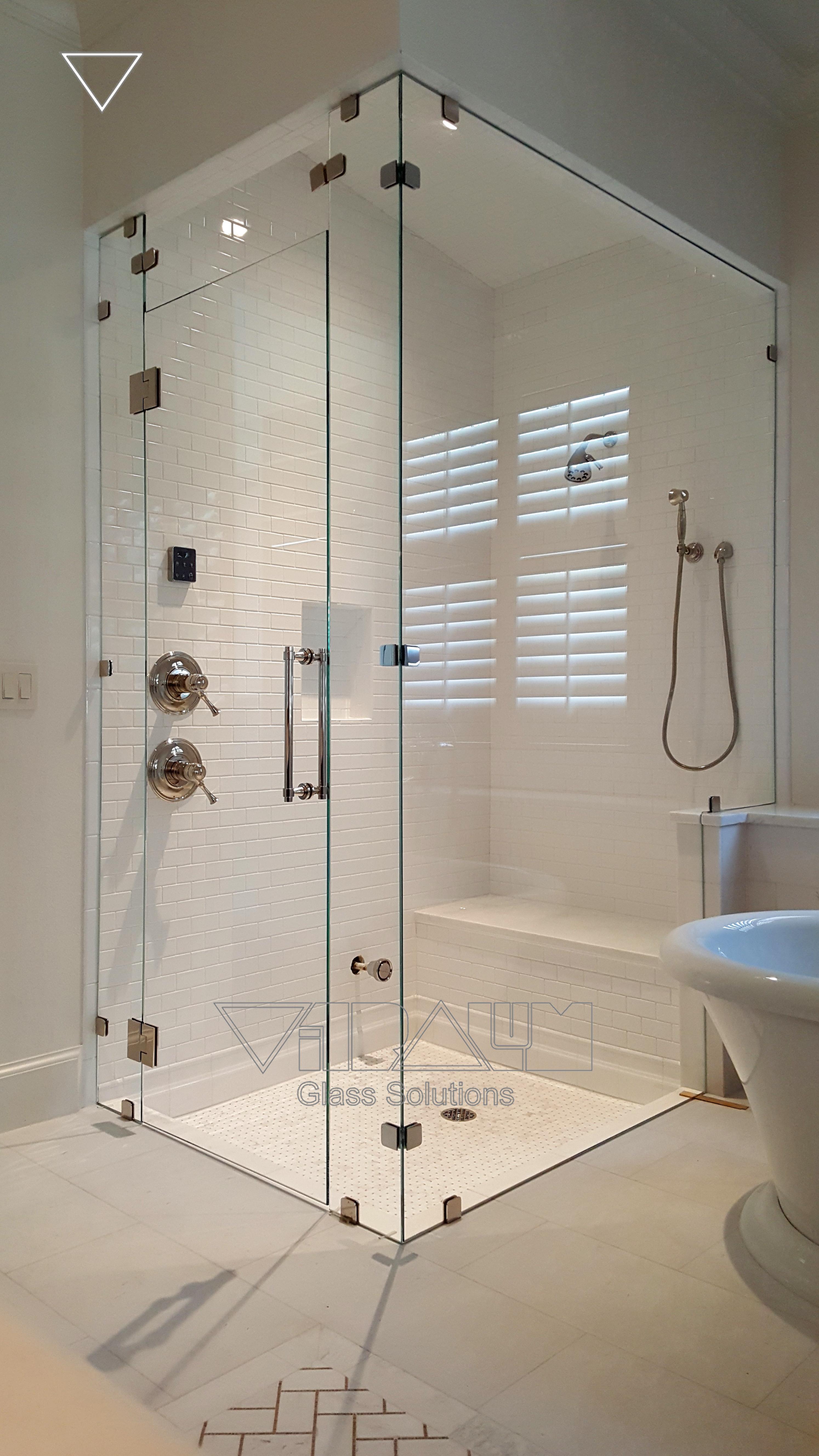 Nineties Frameless Shower Doors Vitralum Glass Solutions