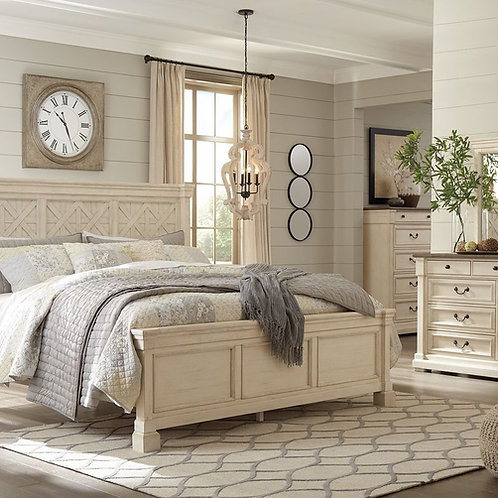 Bolanburg - Two-tone - 7 Pc. - Dresser, Mirror, King Panel Bed & 2 Nightstands