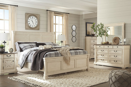 Bolanburg - Two-tone - 5 Pc. - Dresser, Mirror & King Louvered Bed