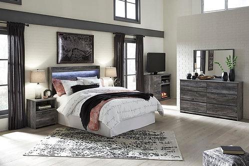 Baystorm - Gray - 5 Pc. - Dresser, Mirror, Queen Panel Headboard & 2 Nightstands