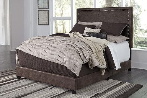 Dolante - Brown - King Upholstered Bed