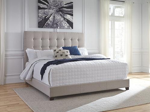 Dolante - Beige - King Upholstered Bed