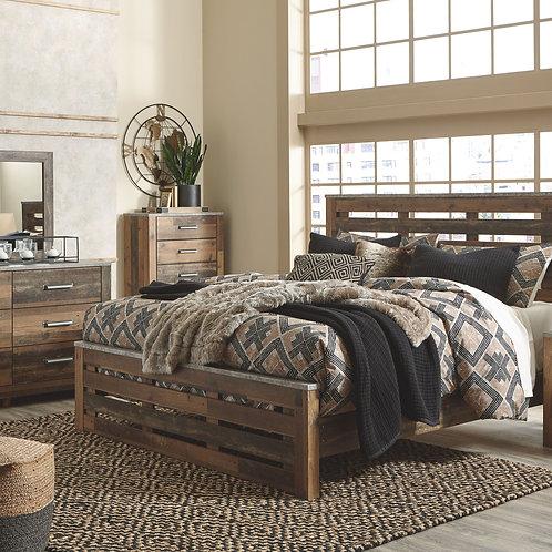 Chadbrook - Brown - 7 Pc. - Dresser, Mirror, King Panel Bed & 2 Nightstands