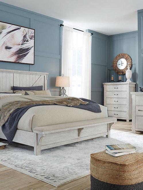 Brashland - White - 6 Pc. - Dresser, Mirror, Chest & Queen Panel Bed